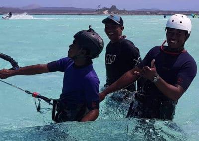 ecole de kite surf 2-mazavaloha-ecole-kite-mer-emeraude-madagascar