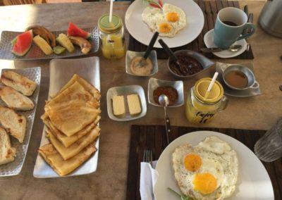 le petit déjeuner-mazavaloha-ecole-kite-mer-emeraude-madagascar