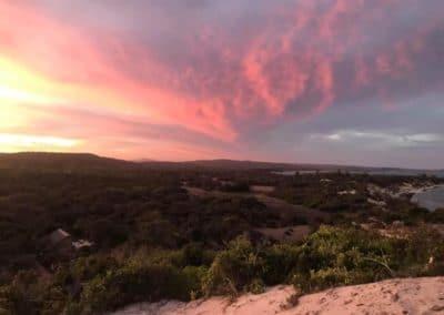 coucher de soleil resto-mazavaloha-ecole-kite-mer-emeraude-madagascar